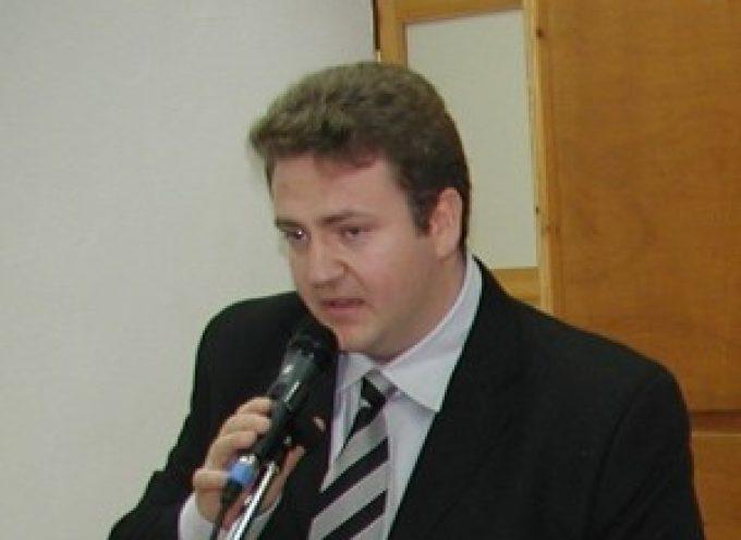 Επιστολή Μ.Ορφανού προς τον Υπουργό Υγείας σχετικά με την  αδικία εις βάρος γιατρού στη Σαντορίνη