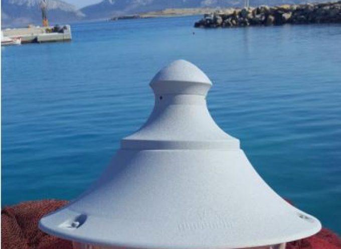 Έγινε η παραλαβή (της προμήθειας) 18 φωτιστικών σωμάτων για το Τουριστικό Λιμάνι Κουφονησίων (Μαρίνα) συνολικής αξίας 7.000€.
