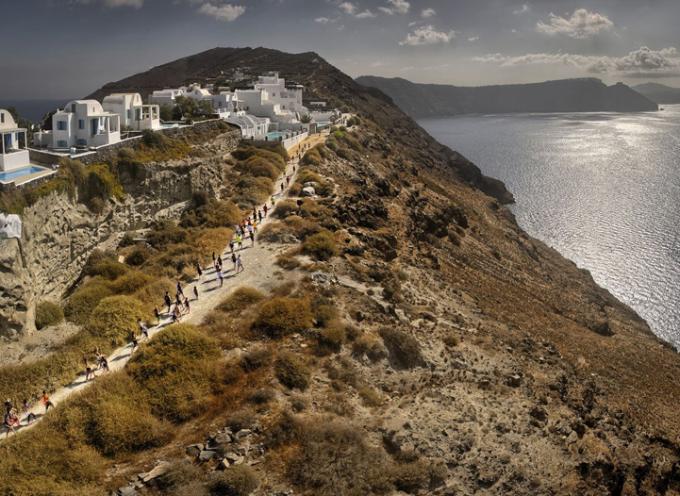 Άνοιξαν οι εγγραφές για το 4o Santorini Experience
