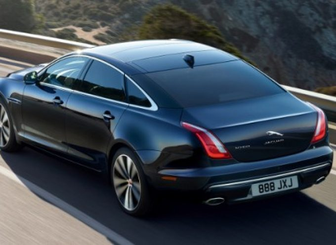 Santorini Black το όνομα της νέας επετειακής έκδοσης 50 χρόνια της Jaguar XJ