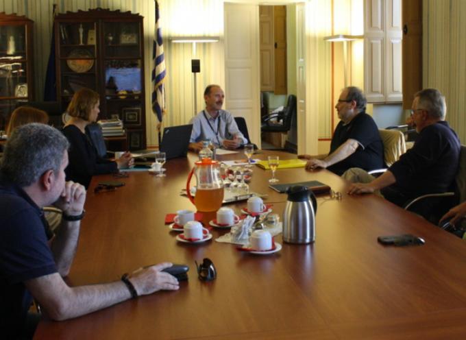 Συνάντηση εργασίας με το Γ.Γ. Βιομηχανίας, κ. Ευστράτιο Ζαφείρη, στο Επιμελητήριο Κυκλάδων