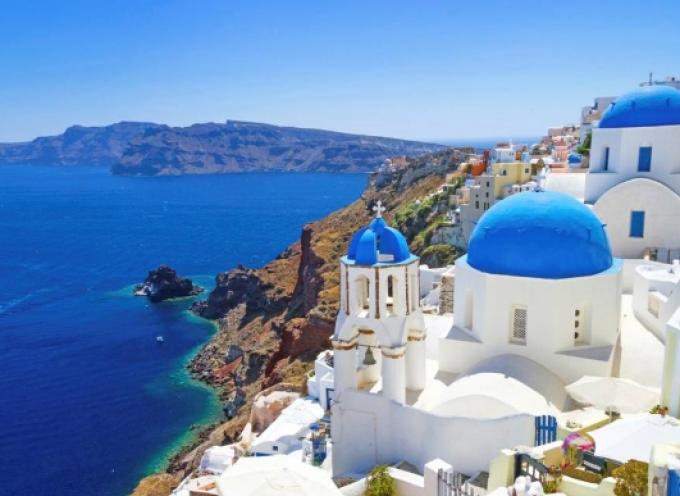 Daily Mail: 7 λόγοι που κάνουν την Ελλάδα ξεχωριστή