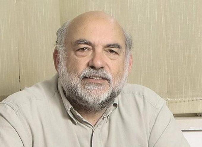 """Νίκος Συρμαλένιος: """"Στο πλαίσιο ενός νέου νόμου για την περιφερειακή οργάνωση του κράτους, πρέπει να καταργηθούν οι αποκεντρωμένες διοικήσεις"""""""