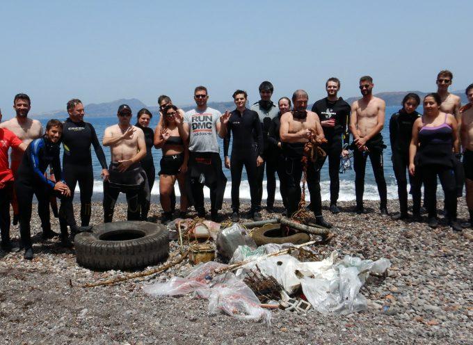 Ολοκληρώθηκε ο εθελοντικός καθαρισμός του βυθού της παραλίας της Καλντέρας
