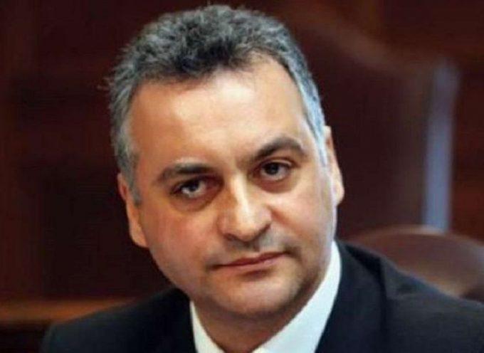 «Να καταργήσει επιτέλους τον άδικο φόρο στο κρασί καλεί την κυβέρνηση Τσίπρα με δήλωσή του ο Μανώλης Κεφαλογιάννης.»
