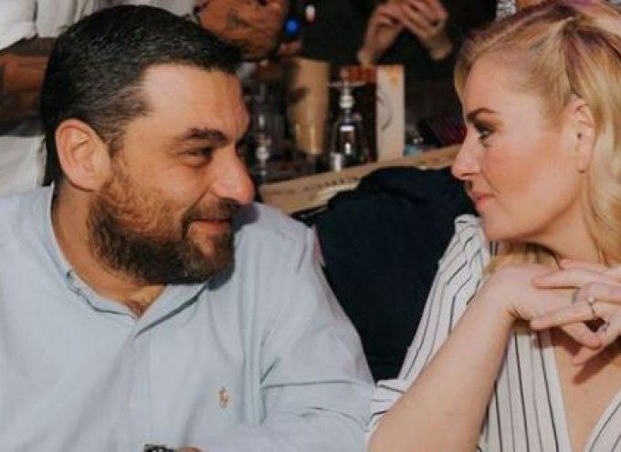 Στη Σαντορίνη παντρεύεται η Ελισάβετ Μουτάφη το Σάββατο τον αγαπημένο της