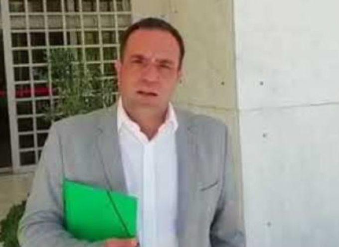 Ο δήμαρχος Μυκόνου μηνύει Τόσκα και αρχηγό της ΕΛΑΣ για την εγκληματικότητα στο νησί