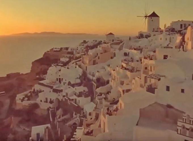 Αυτό είναι το ομορφότερο χωριό της Ευρώπης και είναι Ελληνικό! είναι η Οία μας