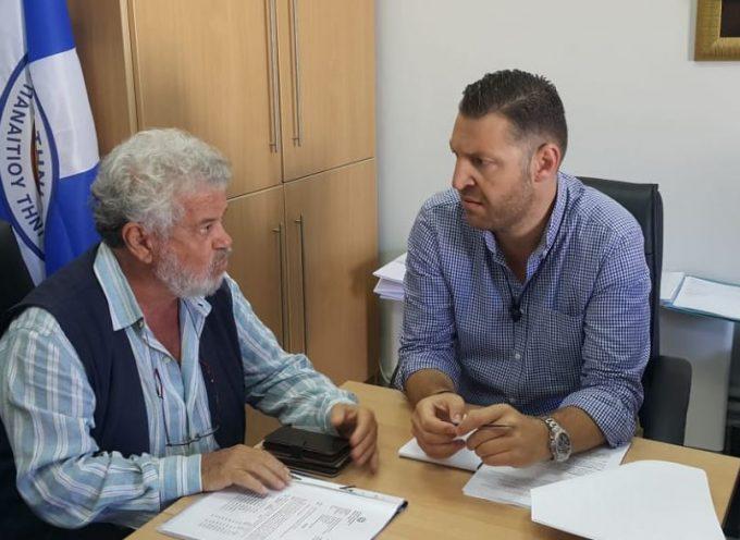 Με το Δήμαρχο Τήνου συναντήθηκε ο βουλευτής Κυκλάδων του ΣΥΡΙΖΑ Ν. Μανιός