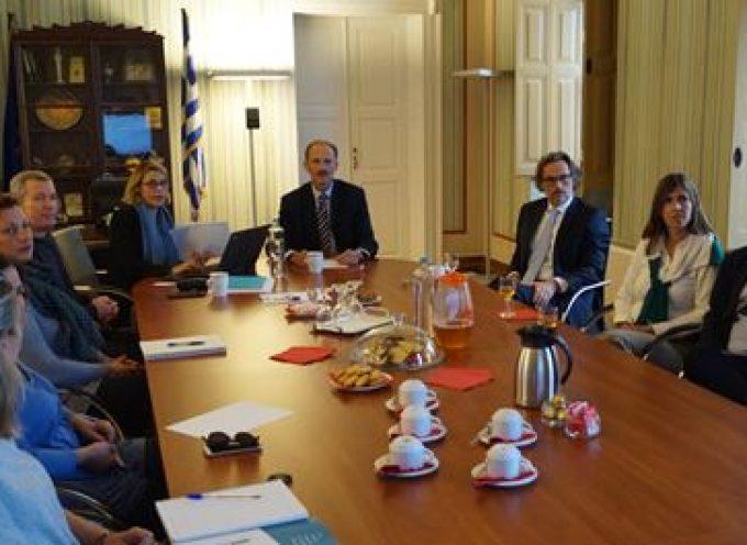 Επίσκεψη του γερμανού Πρέσβη  κ. Γενς Πλότνερ στο Επιμελητήριο Κυκλάδων