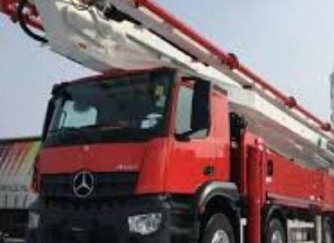Ζητείται οδηγός- χειριστής με δίπλωμα  Γ' (φορτηγό με γερανό)