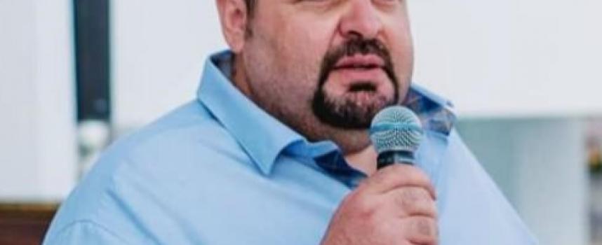 Υποψήφιος με την παράταξη του Περιφερειάρχη Γιώργου Χατζημάρκου, ο Γιάννης Σκεμπές, από την Πάτμο