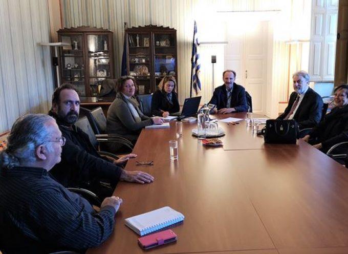 Ενημερωτική συνάντηση με τον Ευρωβουλευτή κ. Νότη Μαριά στο Επιμελητήριο Κυκλάδων
