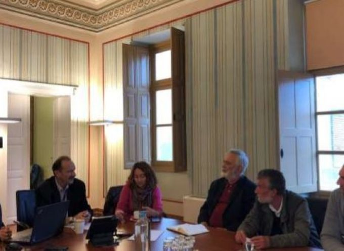 Επίσκεψη του επικεφαλής της Λαϊκής Συσπείρωσης Νοτίου Αιγαίου, κ. Γιάννη Ντουνιαδάκη, στο Επιμελητήριο Κυκλάδων