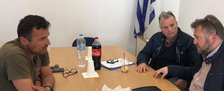 Με το σύλλογο εργαζομένων του Δήμου Θήρας συναντήθηκε ο Μ. Ορφανός