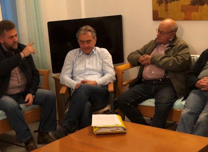 Με την Ένωση Ιδιοκτητών Τουριστικών Καταλυμάτων Καμαρίου συναντήθηκε ο Μ. Ορφανός
