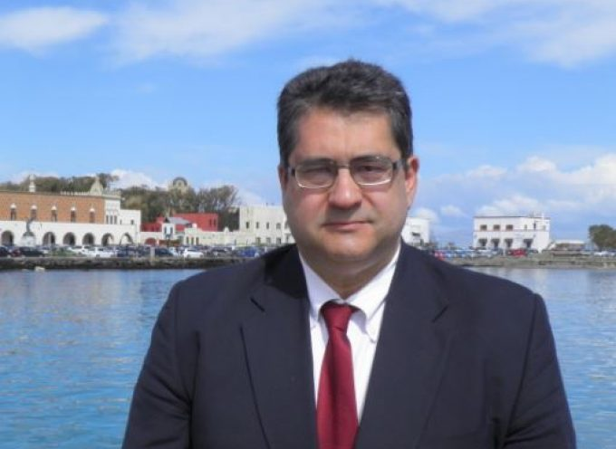 Χ. Κόκκινος: «Οι αυξανόμενες προσφυγικές-μεταναστευτικές ροές στην περιοχή μας και η αλαζονική και προκλητική στάση της Τουρκίας, επιβάλλουν την άμεση ανάληψη πρωτοβουλιών και οργανωμένων δράσεων των χωρών της Ευρωπαϊκής Ένωσης»