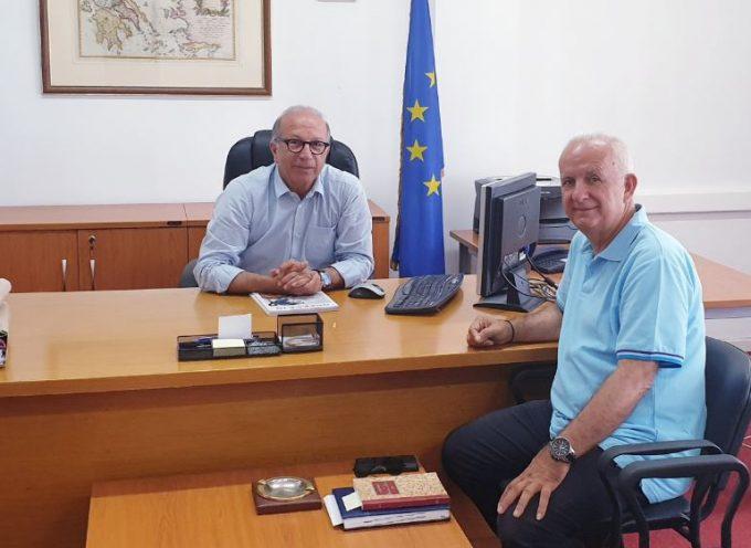Με το νέο Έπαρχο Θήρας Χ. Δαρζέντα συναντήθηκε ο Αντιπεριφερειάρχης Κυκλάδων Γ. Λεονταρίτης