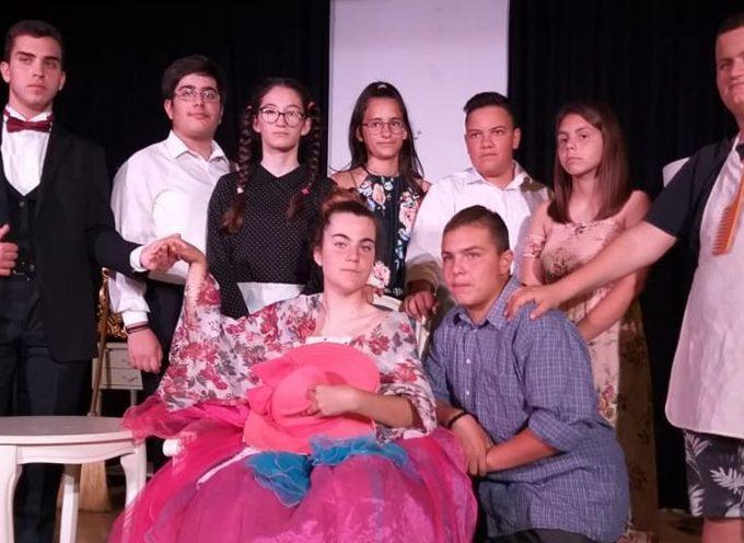 Το θέατρο πηγαίνει στο Γυμνάσιο Μεσαριάς