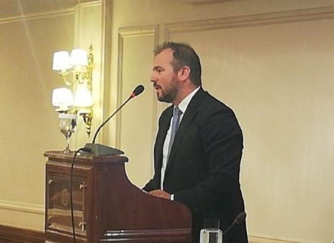 Η προεκλογική ομιλία του υποψήφιου Βουλευτή Κυκλάδων με τη Ν.Δ Φ. Φόρτωμα στους Κυκλαδίτες της Αθήνας