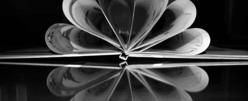 VIDEO – Φ.Ο.Σ: Φωτογραφίες και σχόλια των δημιουργών της έκθεσης φωτογραφίας στον Πύργο Σαντορίνης