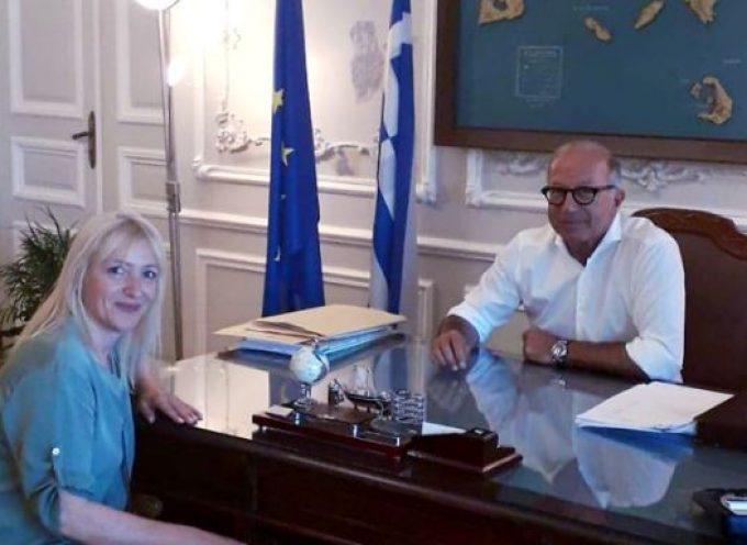 Λεονταρίτης – Μανωλοπούλου συζήτησαν για την προοπτική δημιουργίας Τοπικού Γραφείου Διευκόλυνσης Οπτικοακουστικών Παραγωγών στη Σύρο