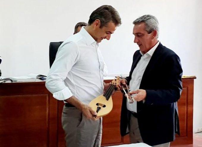 Σύγχρονο θεσμικό περιβάλλον, αλλαγή νοοτροπίας και ευθύνη ζήτησε από τον πρωθυπουργό Κυριάκο Μητσοτάκη, ο Γ. Χατζημάρκος