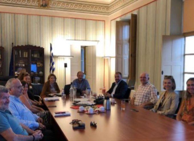 To Επιμελητήριο Κυκλάδων επισκέφτηκε ο βουλευτής Κυκλάδων της Ν.Δ. Φίλιππος Φόρτωμας