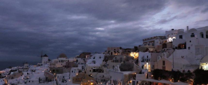 Νότης Μαρτάκης: «Στρατηγικό λάθος ο όρος υπερ-τουρισμός για δημοφιλείς προορισμούς»