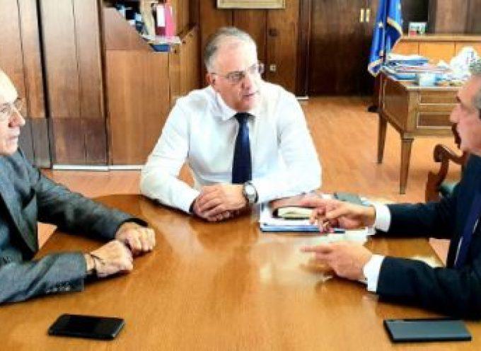 Με τον Υπουργό Εσωτερικών Τάκη Θεοδωρικάκο συναντήθηκε ο Περιφερειάρχης Ν.ΑΙ