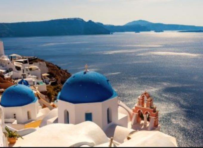 Στην κορυφή της λίστας του U.S. News βρίσκεται η Σαντορίνη, ενώ ακολουθεί η Κρήτη.