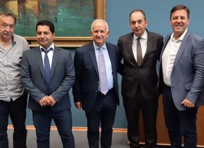 Με τον Υπουργό Ναυτιλίας συναντήθηκαν ο Έπαρχος και οι Δήμαρχοι της Περιφερειακής  Ενότητας Θήρας
