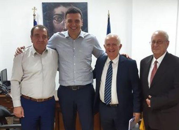 Επίσκεψη φορέων της Σαντορίνης στο Υπουργείο Υγείας – Συνάντηση με τον κ. Κικίλια