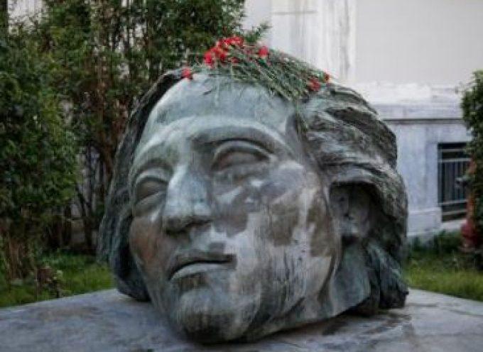 Η παράταξη «ΤΩΡΑ! Για τη Σαντορίνη & τη Θηρασιά» τιμά την επέτειο του Πολυτεχνείου
