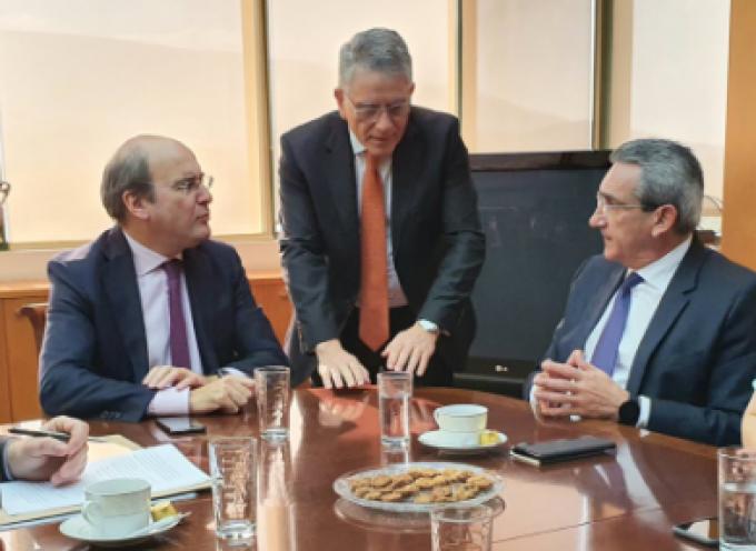 Άμεση αναθεώρηση του Ειδικού Χωροταξικού Πλαισίου των ΑΠΕ ζήτησε ο Περιφερειάρχης Ν. Αιγαίου και ο Δήμαρχος Τήνου, από τον Υπουργό Περιβάλλοντος