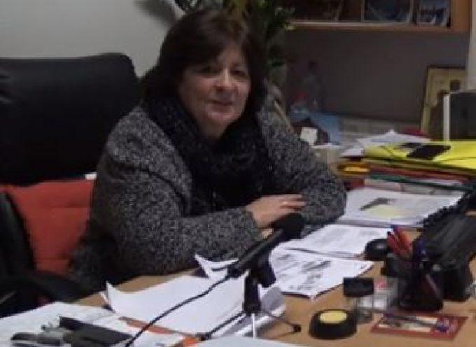 Η Αντιδήμαρχος Θήρας κ. Σ. Κίτσου, για την επικοινωνία με τον διοικητικό υπεύθυνο του Κεντρικού Πολυϊατρείου Θήρας