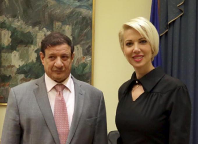 """Κατερίνα Μονογυιού: """"Η Ελλάδα είχε ανέκαθεν φιλικές σχέσεις με το Κουβέιτ"""""""