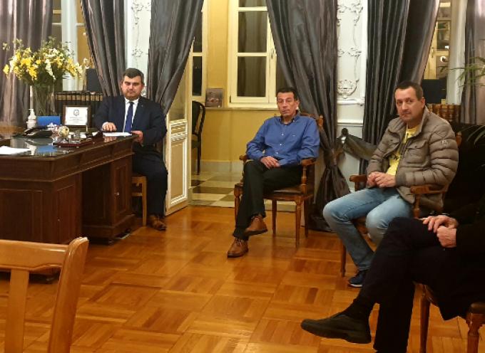 Έκτακτη σύσκεψη στην ΠΝΑΙ για την αντιμετώπιση της κατάστασης μετά την εμφάνιση του πρώτου επιβεβαιωμένου κρούσματος κορωνοϊού στη Σύρο