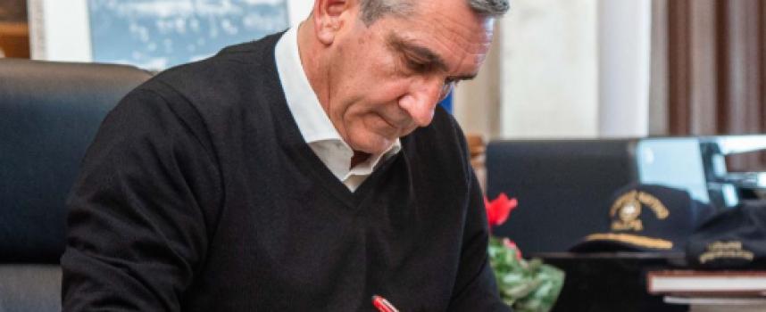 """Ο Περιφερειάρχης Ν. Αιγαίου κ. Γ. Χατζημάρκος στην εκπομπή """"Θηραϊκές καλημέρες"""""""