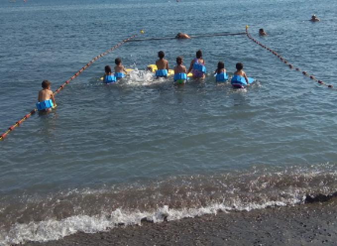 Μαθήματα κολύμβησης θα ξεκινήσει όταν επιτραπεί από τη Γ.Γ.Α. ο Ναυτικός Όμιλος Σαντορίνης