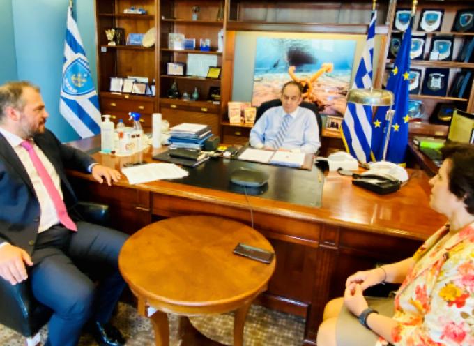 Με τον Υπουργό Ναυτιλίας συναντήθηκε ο Φίλιππος Φόρτωμας για το Μεταφορικό Ισοδύναμο