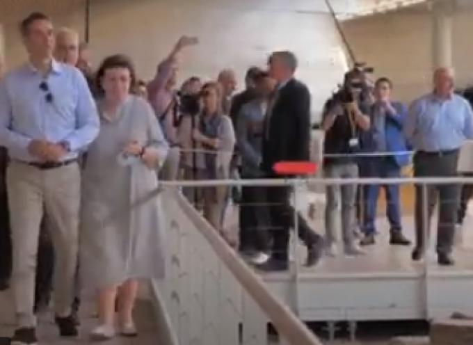VIDEO: Eπίσκεψη του Πρωθυπουργού Κυριάκου Μητσοτάκη στο Γενικό Νοσοκομείο Θήρας και στον αρχαιολογικό χώρο του Ακρωτηρίου