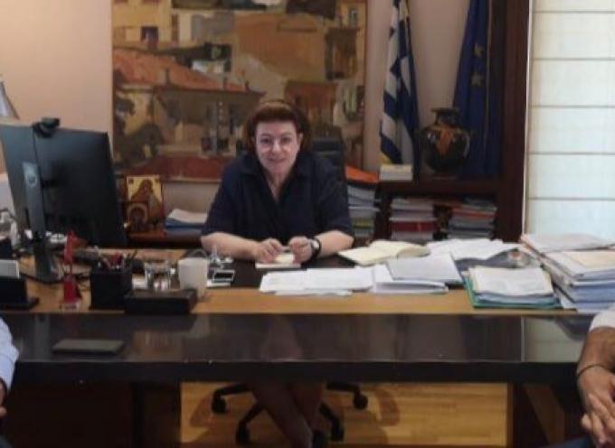Με την Υπουργό Πολιτισμού Λ. Μενδώνη συναντήθηκε ο Αντιπεριφερειάρχης Κυκλάδων Γ. Λεονταρίτης
