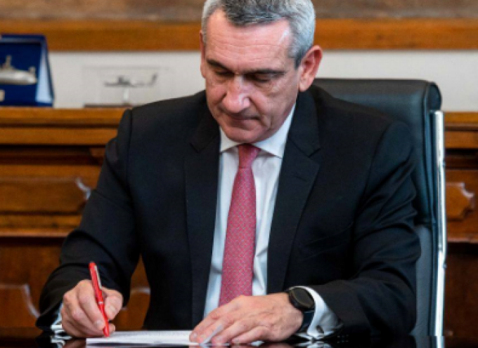 Η Περιφέρεια Νοτίου Αιγαίου διπλασιάζει τη χρηματοδότηση  για  επιπλέον  προμήθεια ιατροτεχνολογικού εξοπλισμού, στα Νοσοκομεία Σύρου και Νάξου, με ευρωπαϊκούς πόρους