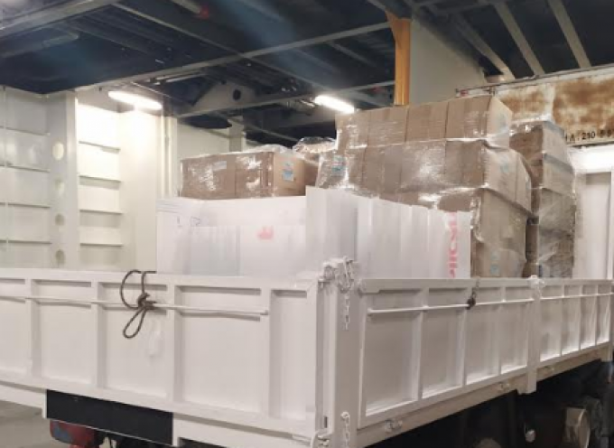 Μεγάλο φορτίο υγειονομικού υλικού μεταφέρεται από τη Ρόδο στα νησιά του Νοτίου Αιγαίου