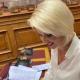 Τη στήριξη των επιχειρήσεων λόγω του περιορισμένου ωραρίου λειτουργίας τους φέρνει στη Βουλή η Κατερίνα Μονογυιού