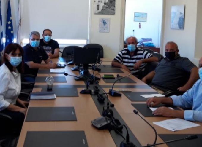 Επίσκεψη – περιοδεία Νίκου Συρμαλένιου σε Σίφνο και Σέριφο  Επιτακτική ανάγκη στελέχωσης των Π.Π.Ιατρείων