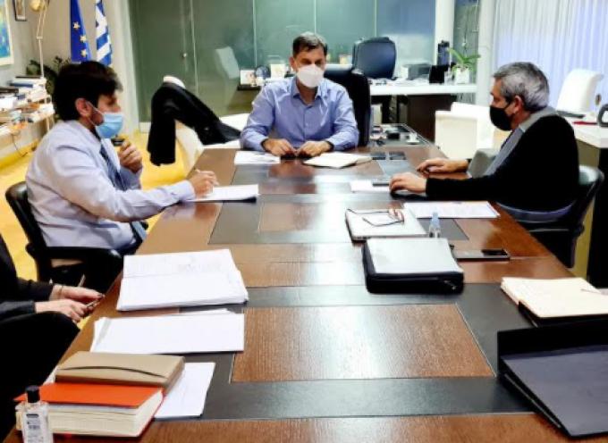 Οι προκλήσεις της  περιόδου 2021, στη συνάντηση εργασίας του Περιφερειάρχη με τον Υπουργό Τουρισμού, Χάρη Θεοχάρη
