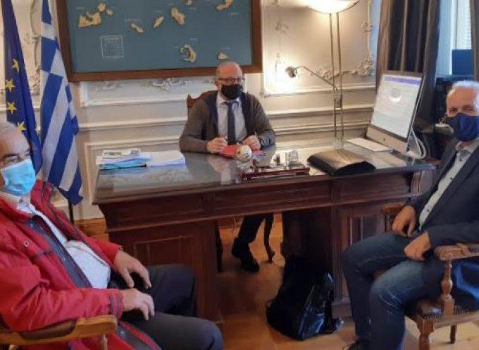 Σύρο και Πάρο επισκέφτηκε ο Αντιπεριφερειάρχης Δημόσιας υγείας και Έπαρχος Θήρας κ. Χ. Δαρζέντας