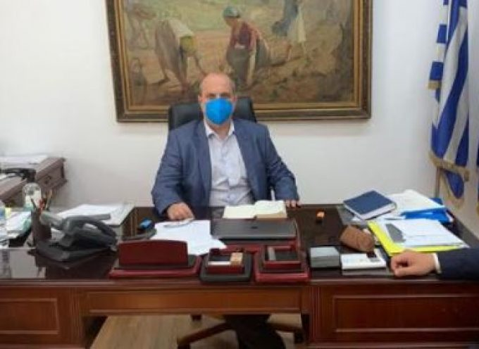 Στον Υφυπουργό Αγροτικής Ανάπτυξης για το Φράγμα Τσικαλαριού Νάξου και τη Λιμενοδεξαμενή Λειβάδας Τήνου ο Φίλιππος Φόρτωμας